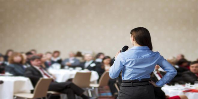 Jak rozpocząć wystąpienie publiczne