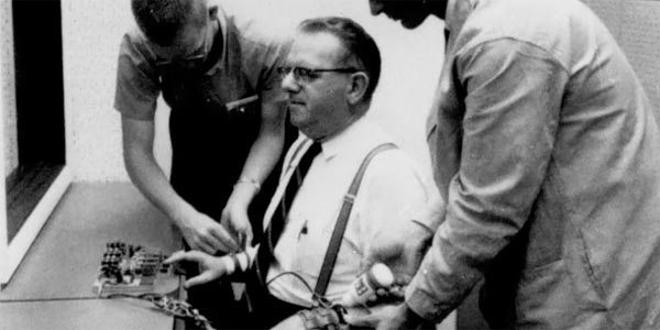 Eksperyment Milgrama - Posłuszeństwo wobec autorytetu